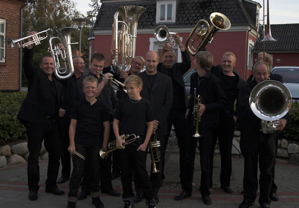 LM-Brass Band
